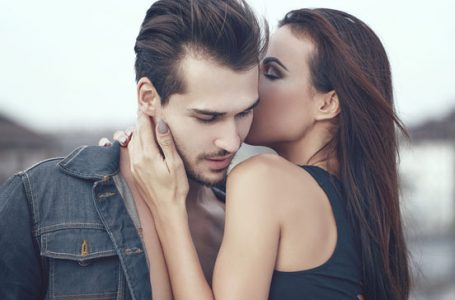 All That You Need To Know About Livesex