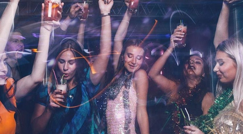 Notorious Nightlife with Witty Women- Experience Wild Excitement in Bangkok Clubs